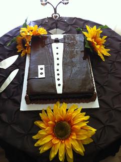 Grooms_Wedding_Cake_tuxedo_2.JPG