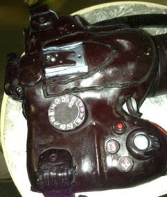 Birthday_Cake_camera_4.JPG