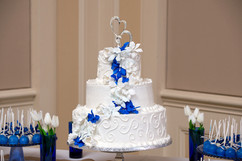 Wedding_Cake_blue_white_filigree.jpg