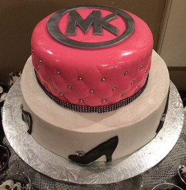 Woman_Birthday_Cake_Michael_Kors_pink_bl