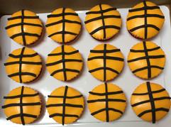 Cupcakes_basketball.JPG