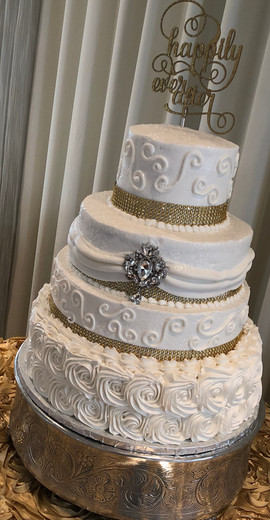 Wedding_Cake_4_tier_white_gold_bling_top