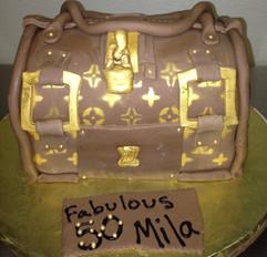Birthday_Cake_Louis_Vuitton_purse_3.JPG