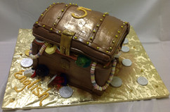 Birthday_Cake_treasure_chest.JPG