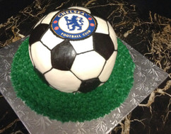 Sports_Cake_soccer_ball_chelsea.jpg