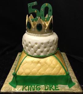 Royal_Cake_pillow_quilt_crown_50_green_g
