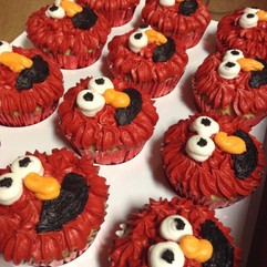 Cupcakes_elmo.jpg