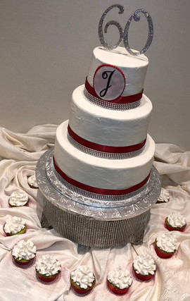 Woman_Birthday_Cake_60_red_white_bling.j