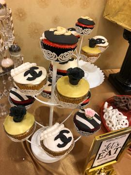 Cupcakes_Chanel.jpg