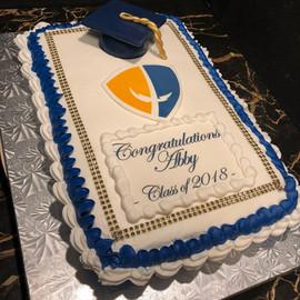 Graduation_Cupcake_Cake_2018_cap.jpg