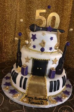 Cake_50_music_gold_purple.jpg
