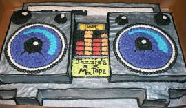 Birthday_Cake_boombox_2.JPG