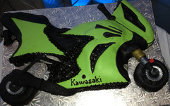 Birthday_Cake_motorcycle_bike_green_blac