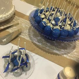 Cake_Pops_blue_silver.jpg