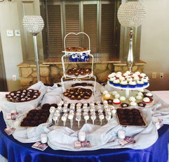 Treats_cake_pops_cupcakes_brownies_peanu