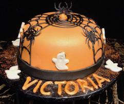 Cake_Halloween_spiderwebs.jpg