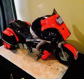 Men_Cake_life_size_red_black_bike.jpg