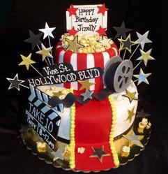 Cake_hollywood_action_reel_popcorn_stars