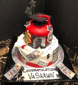 Graduation_Cake_money_cap_red_bulldogs.j