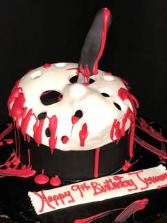 Cake_Halloween_mask_knifeblood.JPG