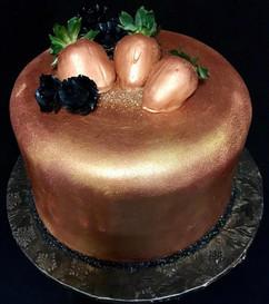 Woman_Birthday_Cake_rose_gold_strawberri