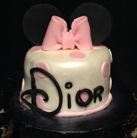Kids_Cake_disney_name_minnie_bow.jpg