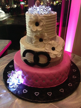 Kids_Cake_sweet_16_chanel.JPG