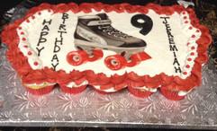Edible_Image_Cake_cupcakes_skates.jpg
