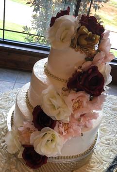Wedding_Cake_wine_red_rose_gold_blush_pi