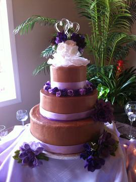 Wedding_Cake_chocolate_purple.JPG