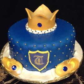 Royal_Cake_crown_blue_gold_monogram.jpg
