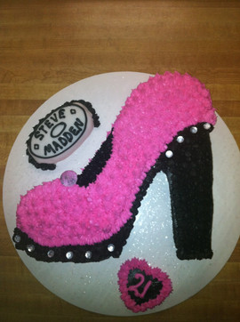 Accessories_Cake_pink_black_pump.JPG