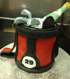 Alcohol_Cake_golf_wine_cooler.JPG