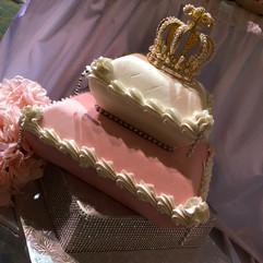 Royal_Cake_pink_white_crown_bling.jpg