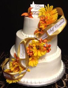 Woman_Birthday_Cake_yellow_orange_flower