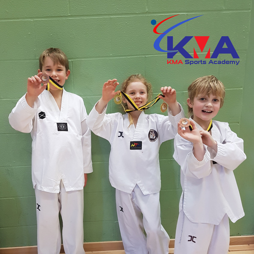 KMA students with medals