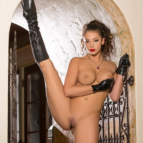 Mistress Kelsi