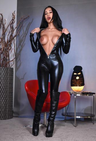 BDSM Mistress Zara