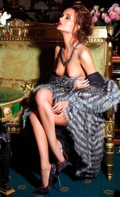 Slim Escort Girl Kamila