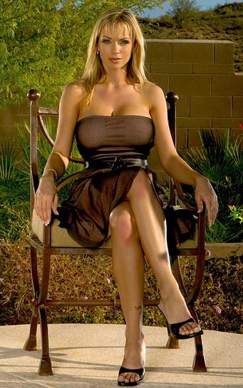 Mature Escort Women Amber