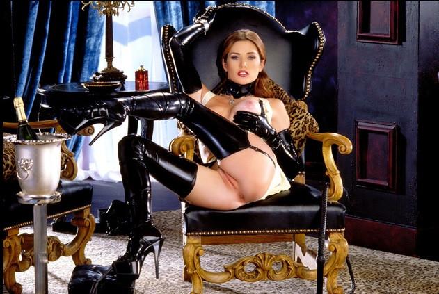 Fetish and BDSM Mistress Heidi