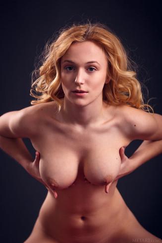 Russian Escort Girl Aislin
