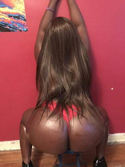 Ebony Escort Lady Simon
