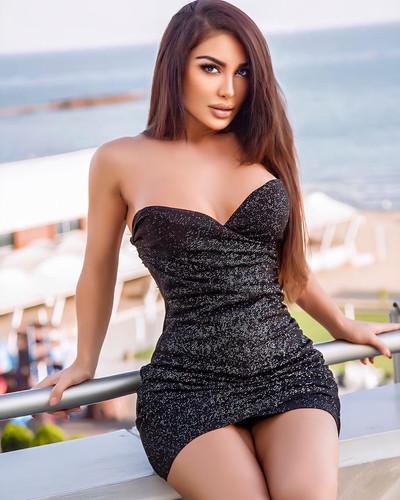 Busty Escort Leyla