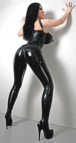 Fetish and BDSM Mistress Violetta