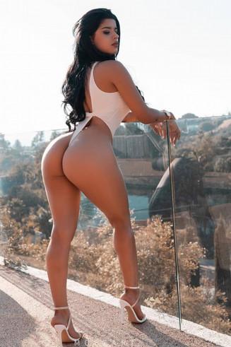Big Ass Escort Saria