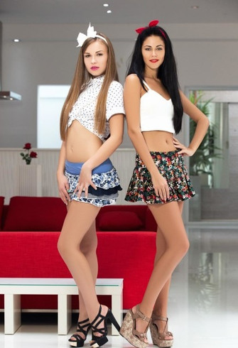 İkili Bayan Escort Melek ve Pamela