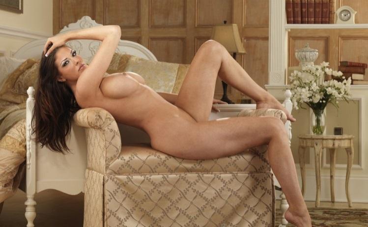 Leggy Escort Girl Farrah