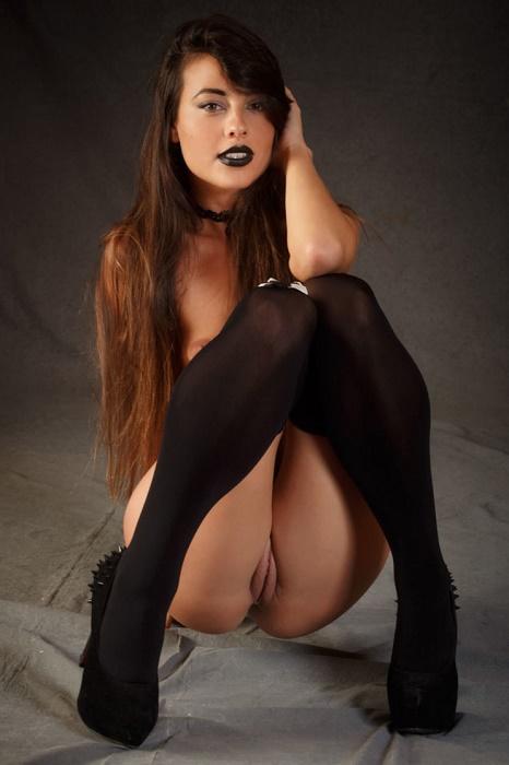 Escort Model Bella