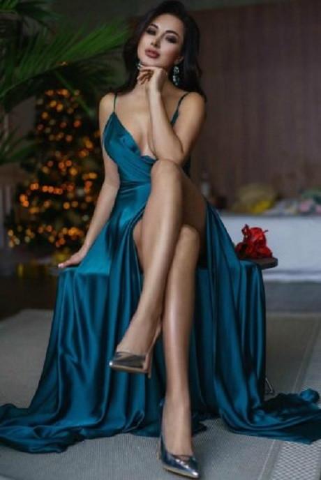 Ukrainian Escort Girl Dominique